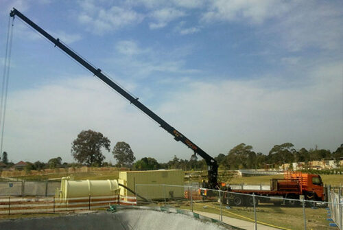 Equipment includes 10,000 litre tank, hydraulic power pack and crane truck at full extension